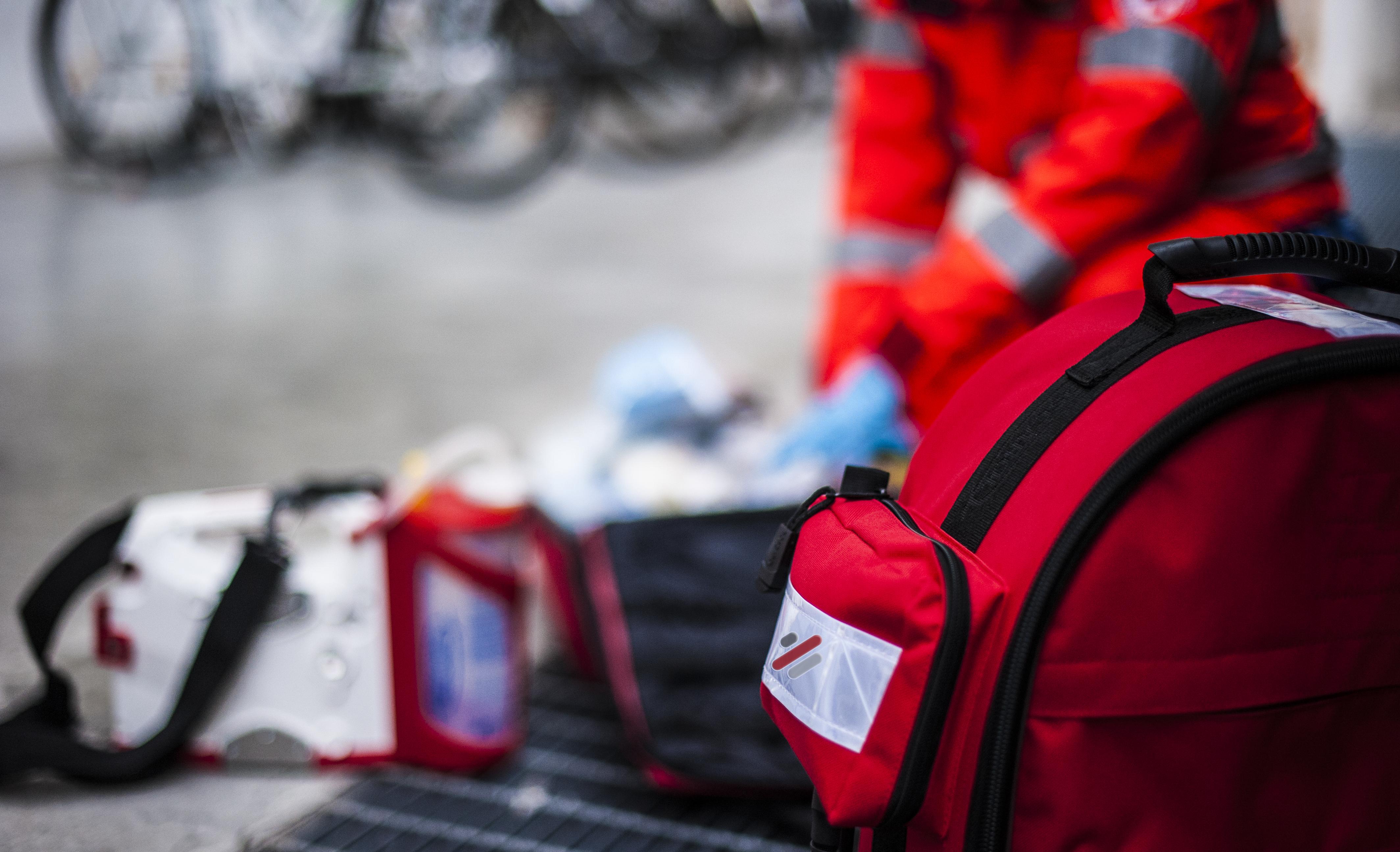 rescue-operator-EKYZ